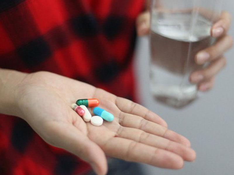 Thuốc Tây được sử dụng để can thiệp các triệu chứng trong độ tuổi tiền mãn kinh