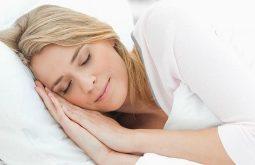 Ngủ đủ giấc để ổn định nội tiết tố trong cơ thể