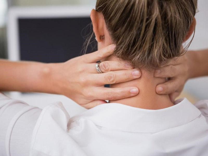 Một vài chị em gặp phải tình trạng đau nhức xương khớp