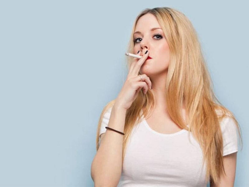 Hút thuốc lá thường xuyên là nguyên nhân được nhiều người nhắc tới hơn cả