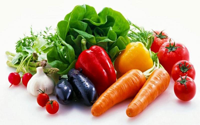 Bổ sung nhiều loại rau củ quả sẽ giúp bạn trì hoãn thời gian mãn kinh