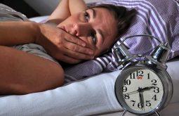 Mất ngủ tuổi mãn kinh gây ra ra nhiều phiền toái cho chị em phụ nữ