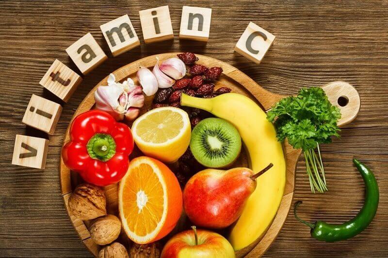 Vitamin C có trong thực phẩm là dưỡng chất giúp cơ thể sản sinh ra collagen và các tế bào mới