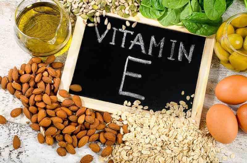 vitamin E tốt cho hệ tim mạch và có tác dụng trong việc cải thiện sức khỏe sinh sản của phụ nữ