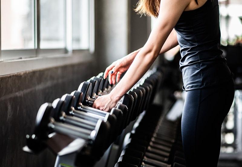 Những phụ nữ tập luyện thể chất quá cật lực để giảm cân thường gặp trục trặc trong tình dục
