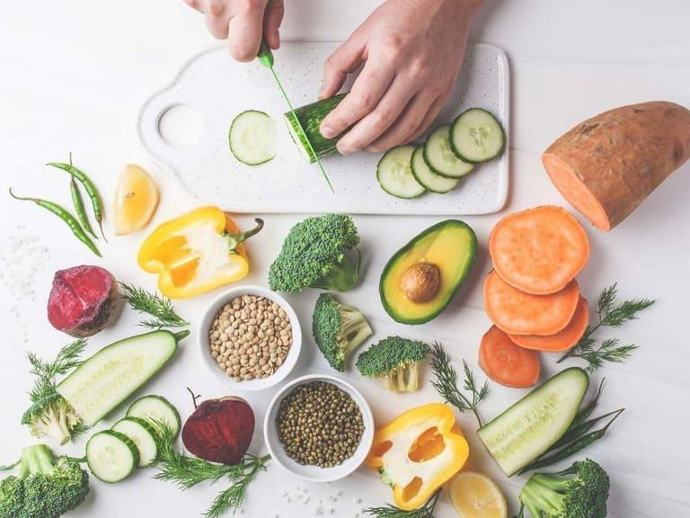 Thiếu hụt nội tiết tố nữ sau sinh nên bổ sung qua thực phẩm