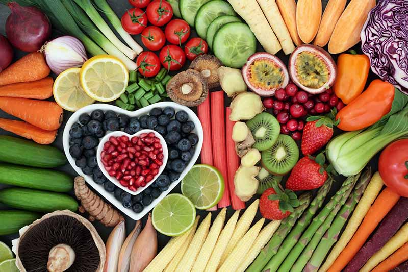Một chế độ ăn uống lành mạnh sẽ giúp phái đẹp cải thiện bệnh lãnh cảm